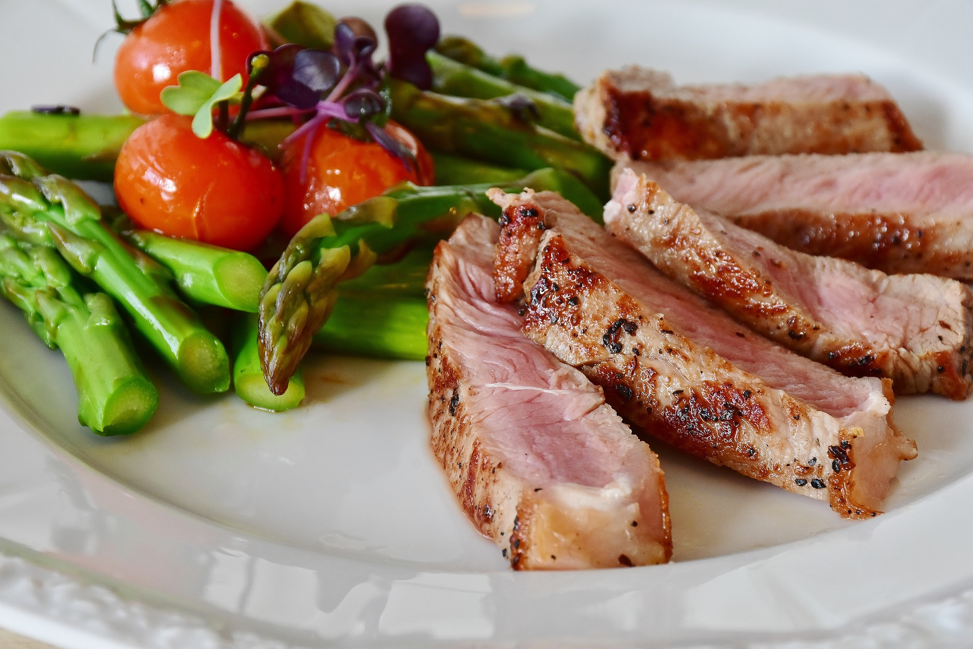 Low carb diet: Can it help you lose weight?